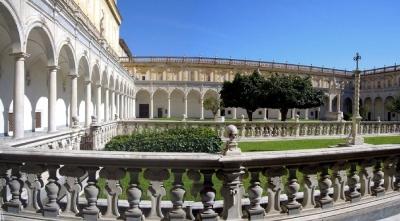 chiostro Certosa San Martino