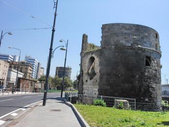resti castello del carmine napoli