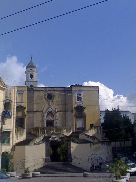 esterno chiesa san giovanni a carbonara