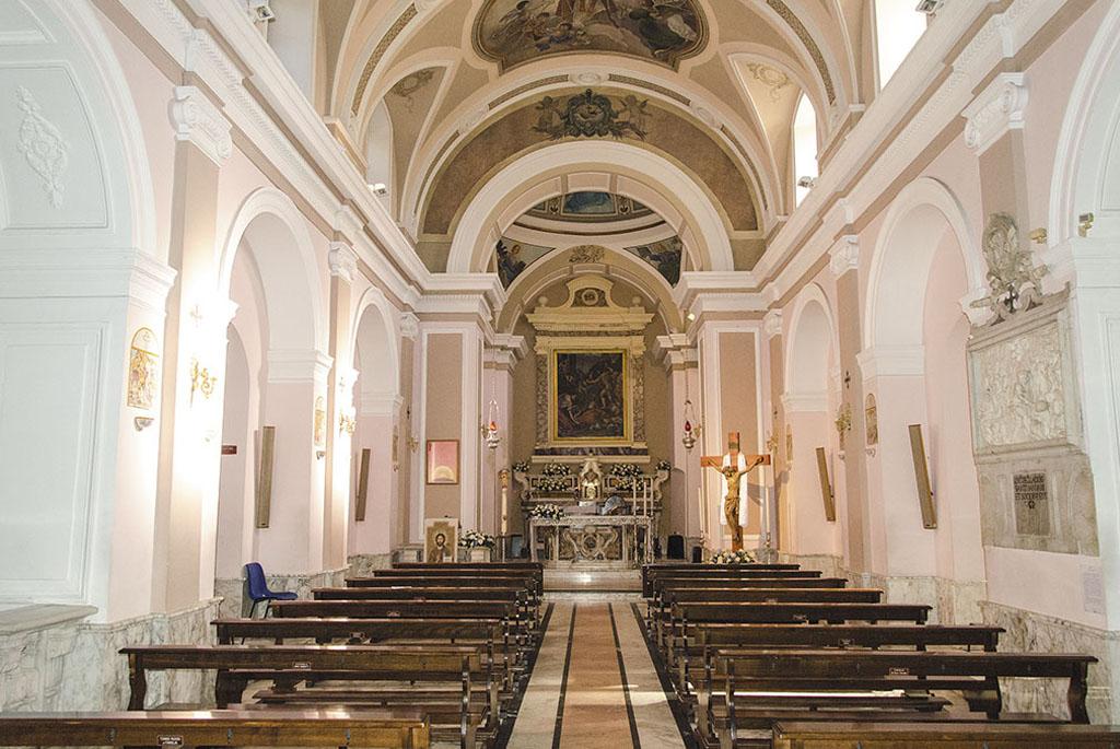 interno Santuario di San Gennaro alla Solfatara