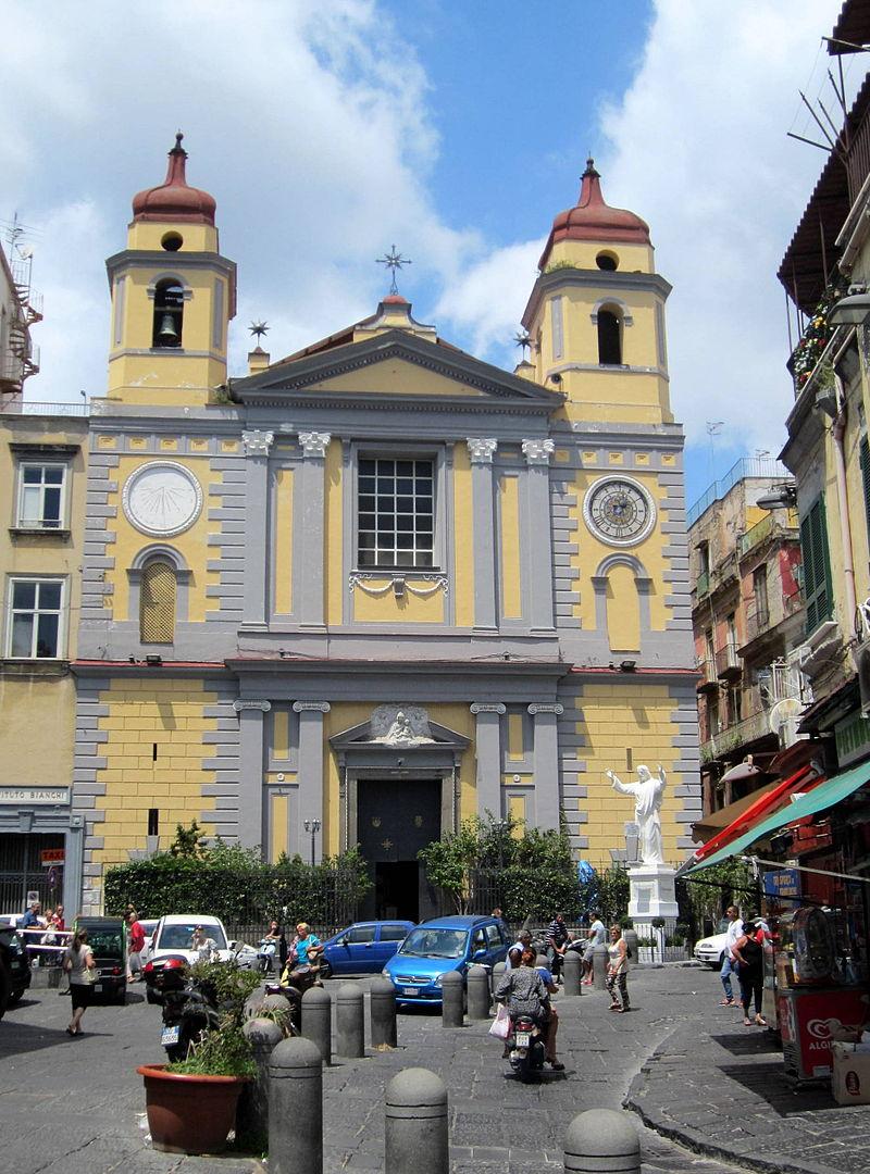 facciata Chiesa di Santa Maria di Montesanto