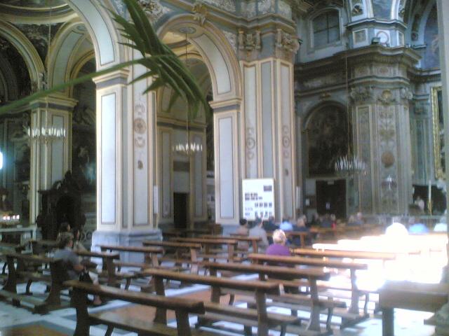 interno chiesa san nicola alla carità