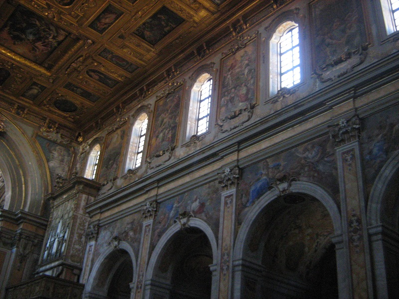 interno chiesa santa maria la nova