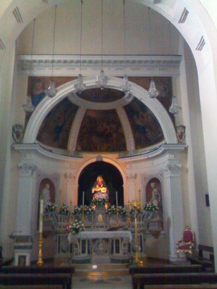 interno chiesa santa maria del parto