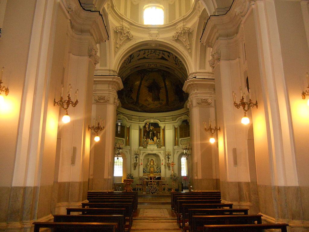 Chiesa di san pasquale a chiaia a napoli for Interno a un convento