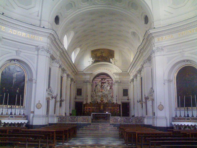 Interno Chiesa della Santissima Trinità dei Pellegrini
