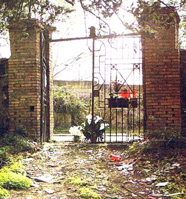 Cimitero dei Colerosi di Barra