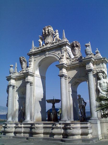 fontana del gigante napoli
