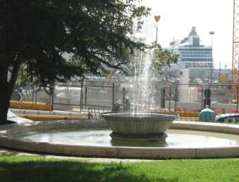 fontane piazza municipio napoli