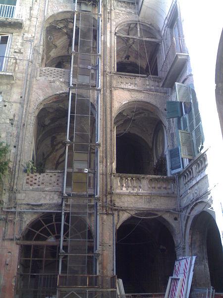 scala palazzo carafa di Maddaloni a Napoli
