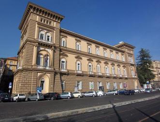 facciata palazzo caravita di sirignano a napoli