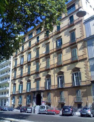 facciata palazzo cioffi a napoli