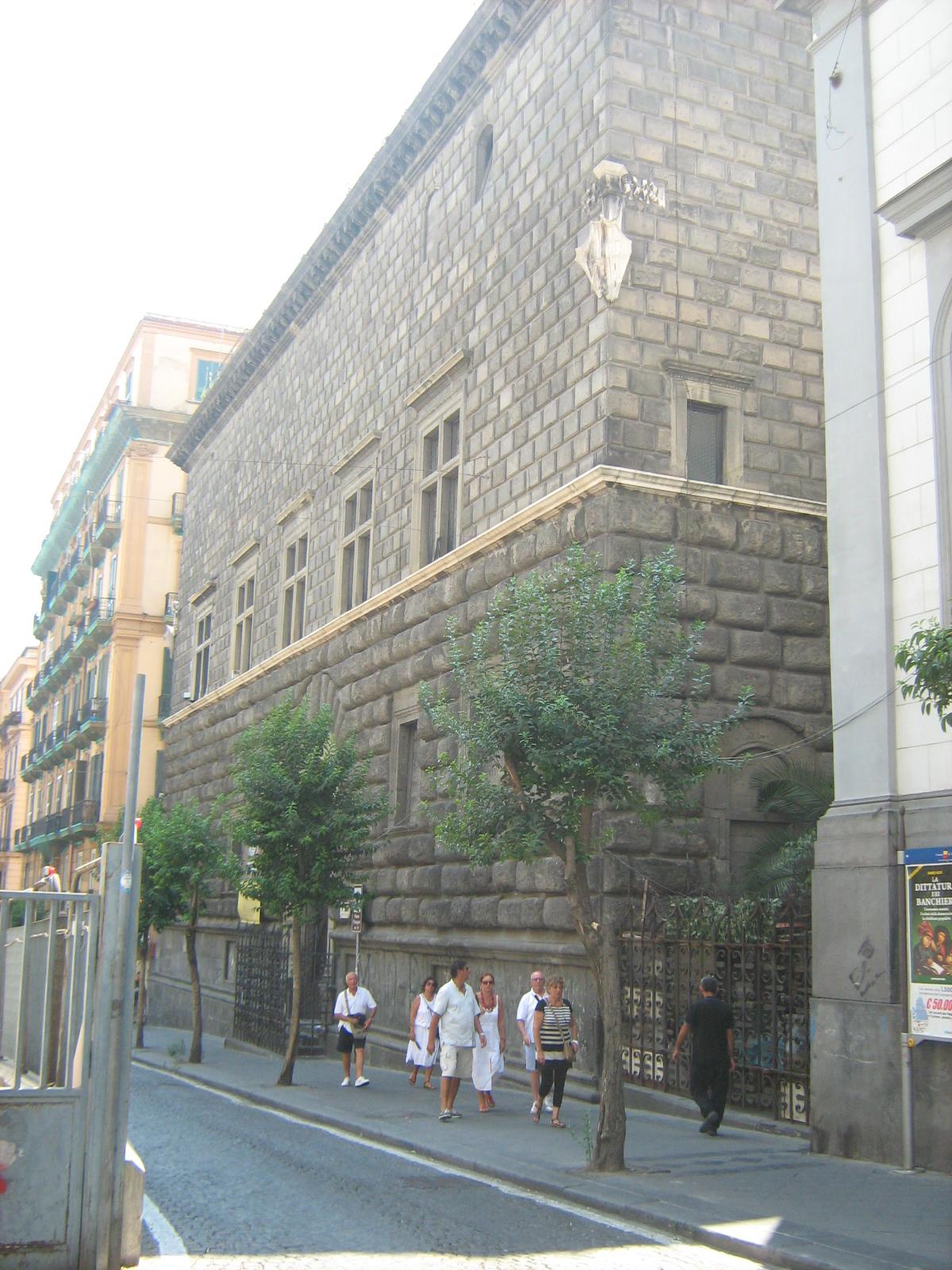 palazzo como a napoli