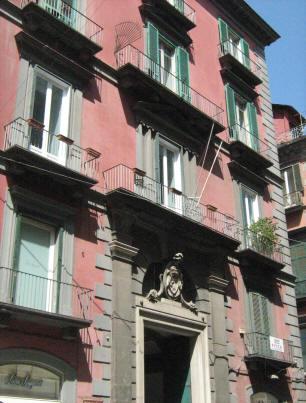 facciata palazzo lieto a napoli