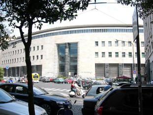 facciata palazzo delle poste napoli