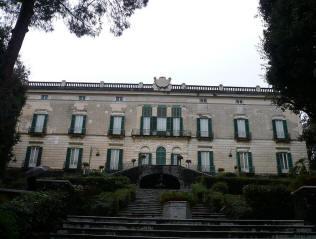 facciata villa floridiana a napoli